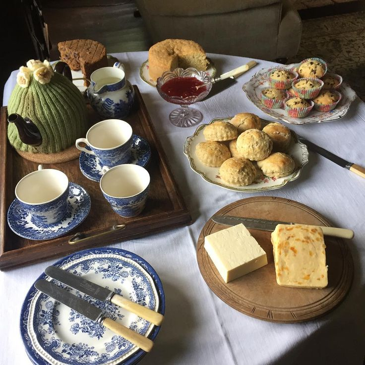 "460 Likes, 15 Comments - Michelle Palmer (@rememberingtheoldways) on Instagram: ""Sunday tea. #homebaking #housewife #homejoys #baking #teatime #teatable #teacosy #teapot #scones…"""