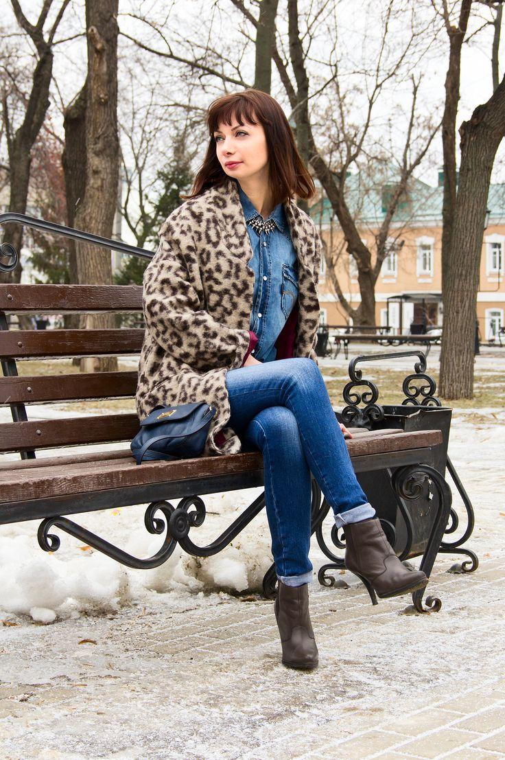 Деним и леопардовое пальто