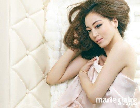 han-ye-seul_1395414424_HanYeSeul3