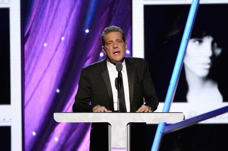 Linda Ronstadt: Glenn Frey Had 'Raw Nerve and Gumption'