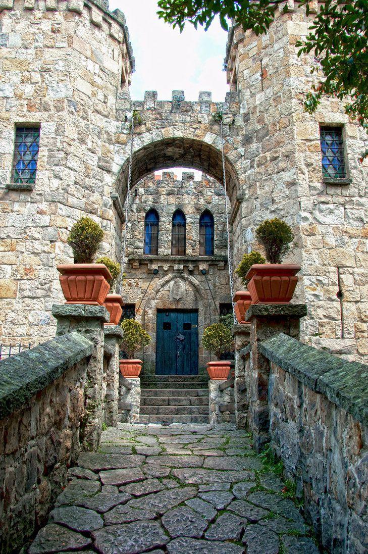 Entrada del castillo en Bogota