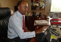 DAILY POST: Just like RAILA and his CORD fraternity, PETER KENNETH welcomes OBAMA home.