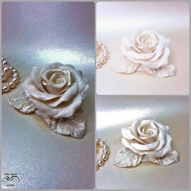 White porcelain rose. Other lighting. Porcelain, nacre glazing. Handmade.  #porcellana #porcelaine #porcelain #porzellan #porcelainflowers #porcelainrose #rose #porcelainjewelry #ceramicart #decorationinterieure #decoration #tabledesign #tabledecor #homesweethome #homedecor #homedesign #vintagedecor #vintagestyles #vintage #ceramics #ceramicflowers #design #glamourstyle#pearl #clayflowers #anriirene #interiordesign #interiorflowers #luxuryinteriors #interiordecor
