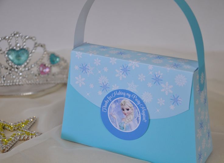Frozen Elsa inspired Princess Party Purse Favor box - pdf printable party bag w/ TEXT EDITABLE back panel for Princess parties & sleepovers by GlitterInkDesigns on Etsy https://www.etsy.com/listing/191910520/frozen-elsa-inspired-princess-party