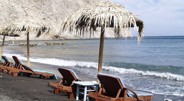 Perissa Beach - Santorinh