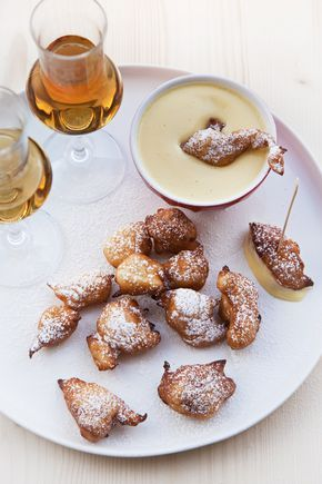 Frittelle di ricotta con zabaione di Moscato di Sicilia