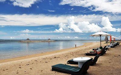 Balinese Travel: Sanur Beach - Beautiful Sunrise Landscape on The I...