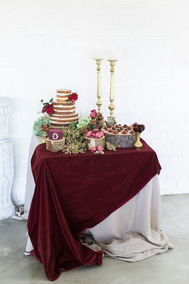 Perfect marsala red dessert table