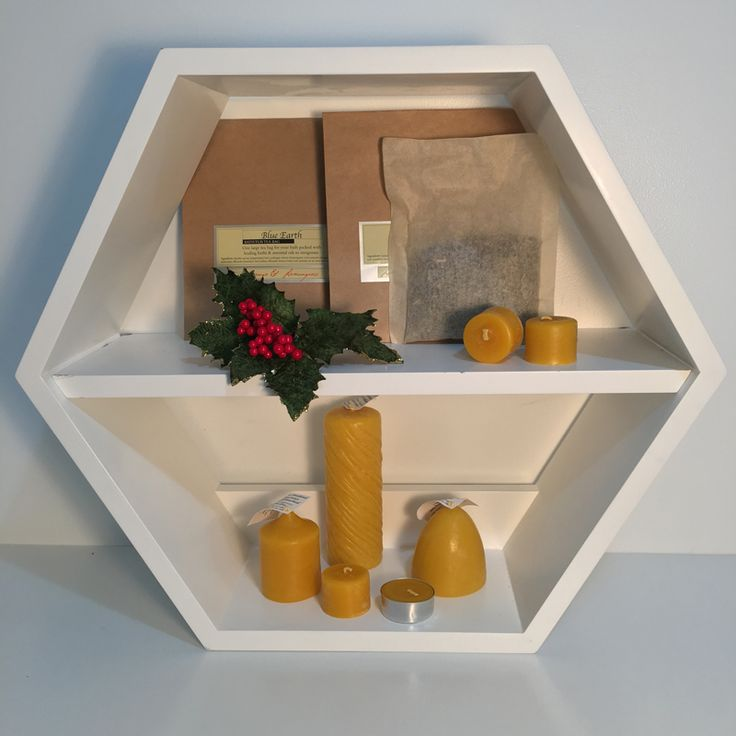 Give a decadent treat this Christmas. Turn your love ones ordinary bath time into a decadent soak with a giant tea bag and beeswax candles!  Packed with healing herbs & essential oils the bath bag helps to soothe skin, relieve tensions from the day and leave them feeling completely relaxed. http://www.sweetreehoney.co.nz/shop/Gifts/Bath+Tub+Tea+Bag+-+Lavender+%26+Peppermint+Leaf+%28Relaxation%29.html