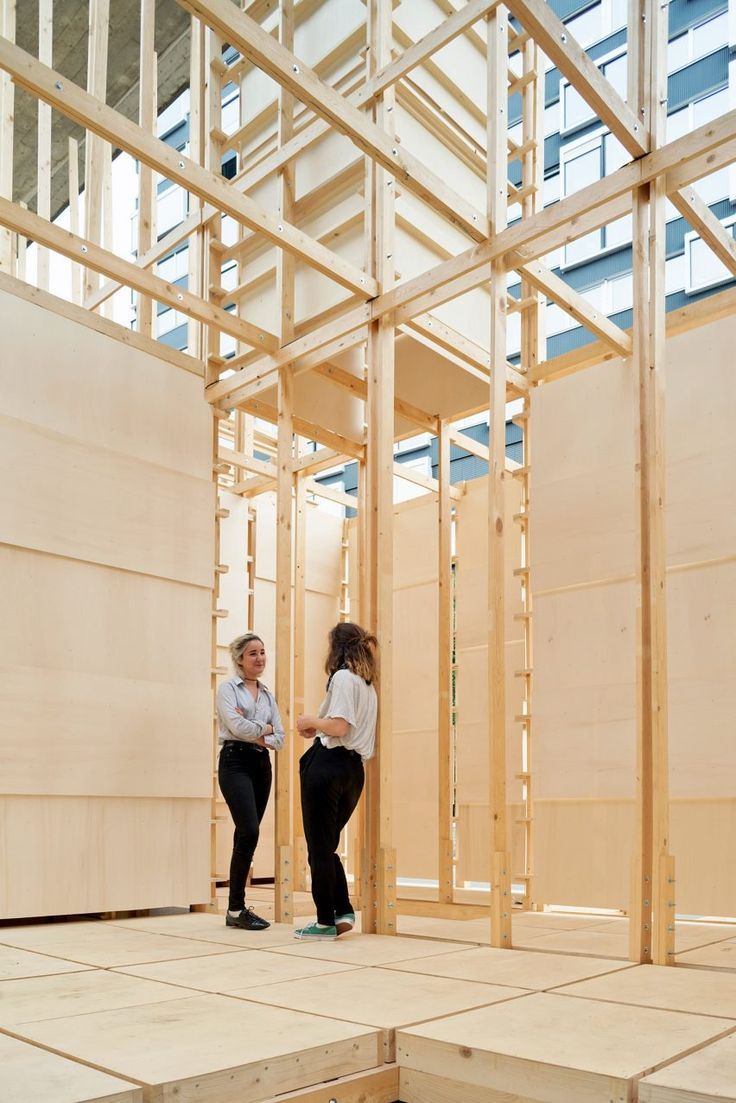 Conceived by first-year students taking part in Atelier de la Conception de l'Espace (ALICE) – a summer workshop at the École polytechnique fédérale de Lausanne (EPFL) – the 240-square-metre structure was erected under an overpass in the Swiss city in less than 10 days.