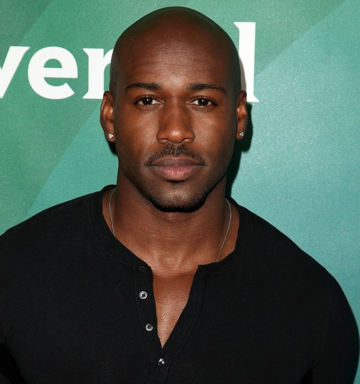 "Dolvett Quince   ""Be patient with your past, grateful for your present and powerful with your future!!"""