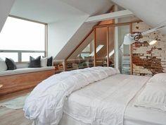 fenetre-de-toit-fixe-lucarne-la-chambre-à-coucher