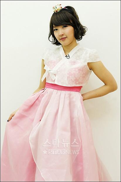 Korean style. hanbok modernized. awesome!