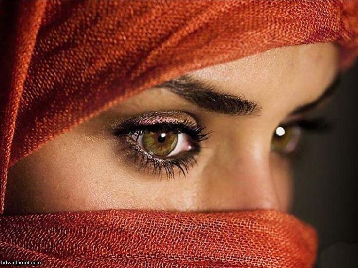 red veil: Faces, Eye Makeup, Arabian Beautiful, Color, Brown Eye Girls, Soul, Hazel Eye, Beautiful Eye, Arabian Women