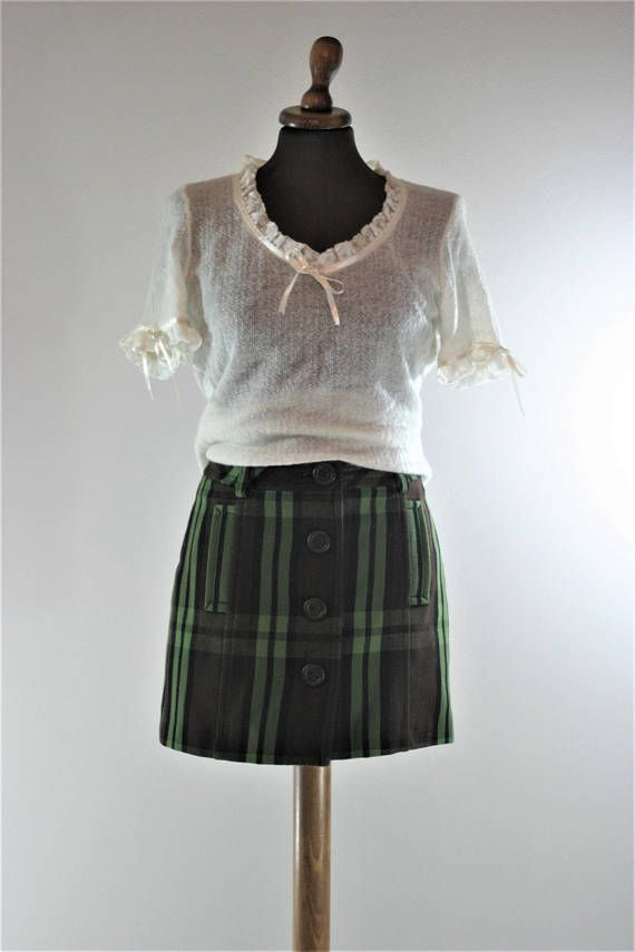 Vintage 90s designer LIU-JO buttoned mini green plaid wool cotton skirt, school uniform high waist mini green skirt, S size made in italy #highwaist #miniskirt #miniwoolskirt #buttonupskirt #buttondownskirt #wrapplaidskirt #minibuttonedskirt #babydollminiskirt #smallsizeminiskirt #90stightskirt #90svintageminiskirt #plaidminiskirt #90sgrungeskirt #grungeminiskirt #LIUJOclothing #italianminiskirt #LiuJoskirt #designerskirt #italiandesigner #miniskirt #mini #highwaistminiskirt