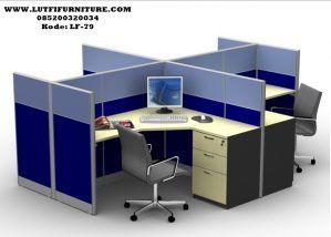 Set Meja Kerja Karyawan