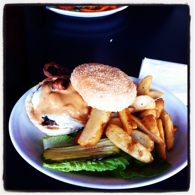 Is that...? Why yes- it is a peanut butter burger and fries from Surfrider Cafe located in Santa Cruz, CA!: Santa Cruz, Surfrider Cafe, Peanut Butter