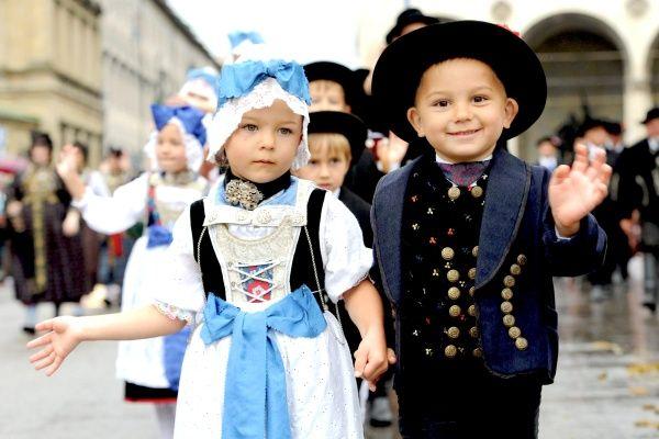 . Traje típico alemánDesfile de trajes tradicionales en el Oktoberfest » Galerías fotográficas de El Siglo de Torreón