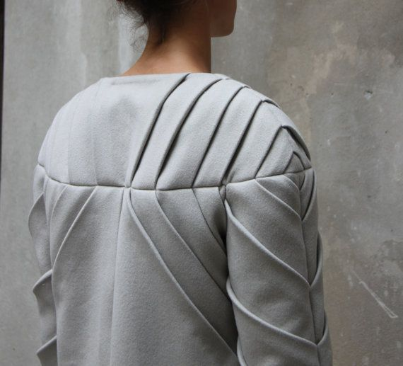 Origami pleated wool coat light grey by ALBERTOMONTI on Etsy, €280.00
