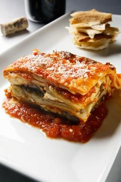 Recipe Rehab: Lasagna - Thats Fit- half the calories than traditional lasagna