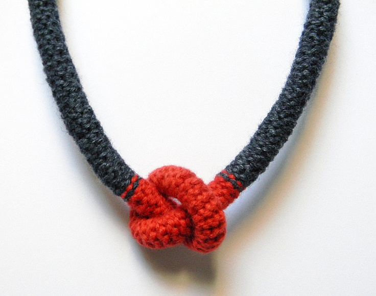 Rust and charcoal grey wool yarn necklace, knotted. Yarn jewelry, crocheted jewerly.. €32.00, via Etsy.