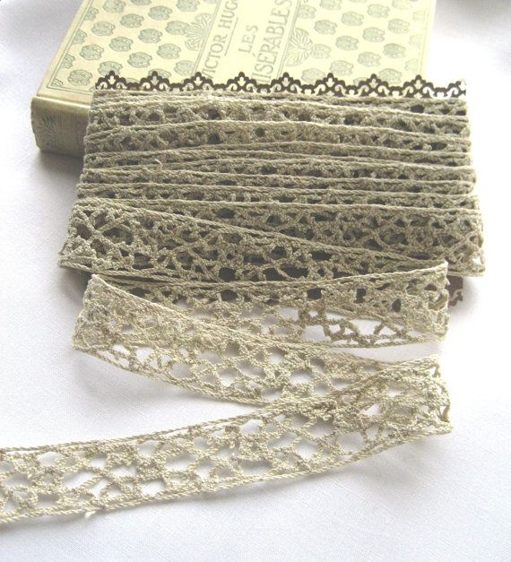 French Vintage Handmade Linen Edging/Lace/Insert  by Chezpetitpica, €18.00