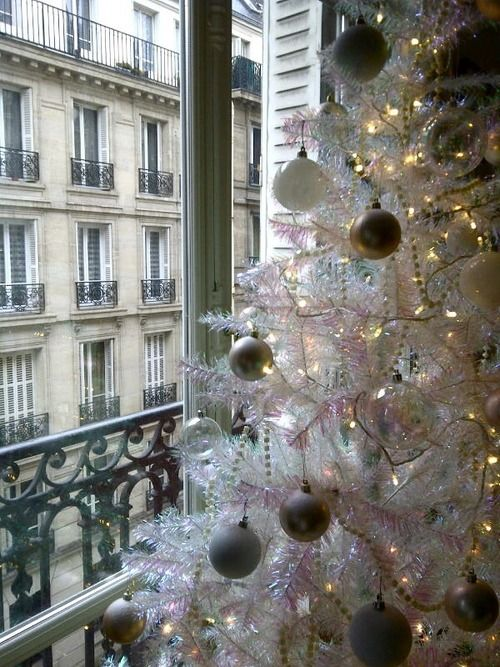 audreylovesparis: Christmas in Paris - Inspired Design