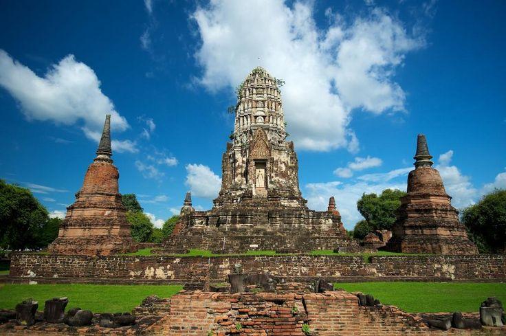 Wat Ratchaburana, Thailand
