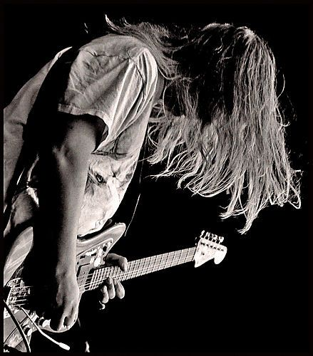 J Mascis. Hey, he ain't feel like talkin', man!!. Just let'im hit it. Do his thing, coz he's awesome
