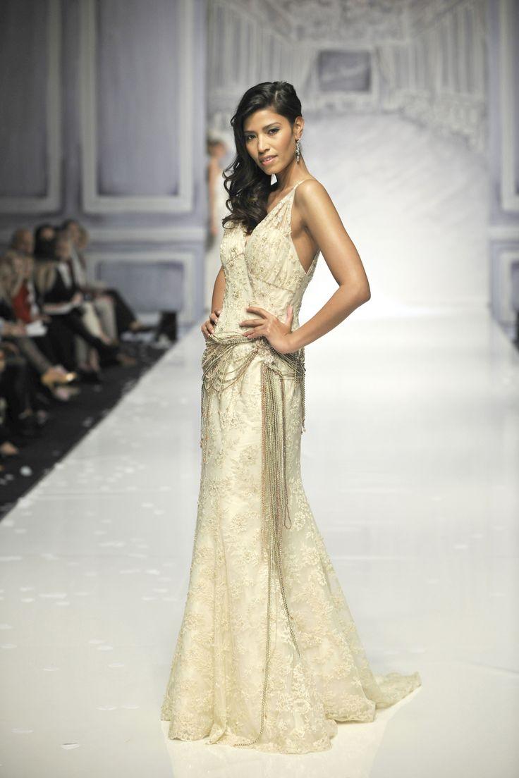 Wedding Dress  Jakarta : Ian stuart bride designer wedding dresses at fantasia