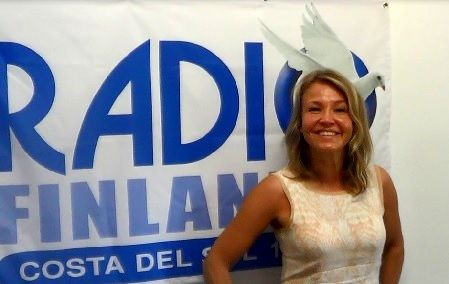 """Kuuntele """"haastattelu Marita Taavitsainen Aurinkorannikolla #maritataavitsainen #Aurinkorannikko #radiofinlandia"""