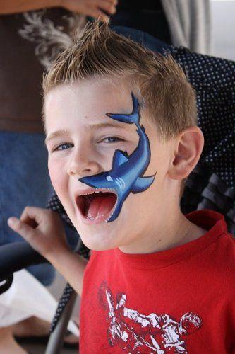 Maquillaje de tiburón