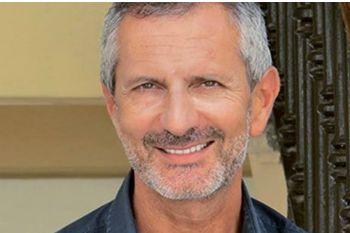 Diritti della persona detenuta: un lunedì parmigiano, quello che attende lo scrittore Gianrico Carofiglio