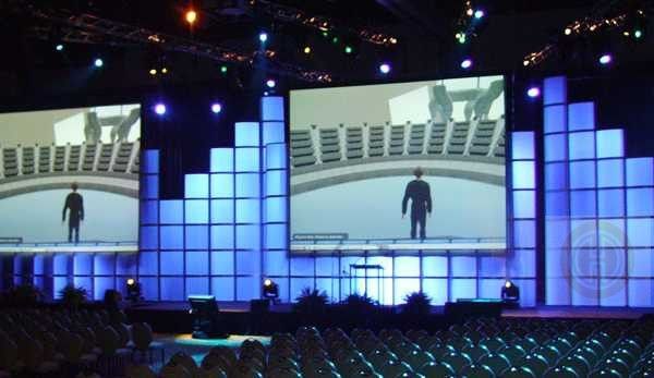 This bold backdrop is built using our modular Cy Tower Panels. These mix-and-match elements are perfect for walls, screen surrounds, and intense backlighting effects. #design #events #corporate #staging #liveevents #liveshow #production  #eventplanning #event #creative #custom  #branding #logo #brand #modular