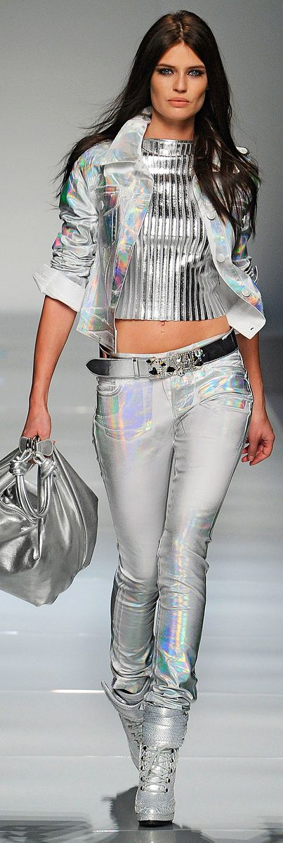 Trendy Silver Metallics from Blumarine :: Fall 2012                                                                                                                                                                                 More
