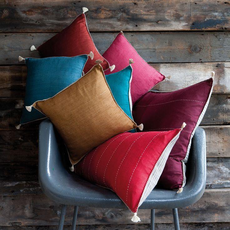 couleur et qualit avec des coussins en soie sauvage par vivaraise cloth art pinterest ps. Black Bedroom Furniture Sets. Home Design Ideas
