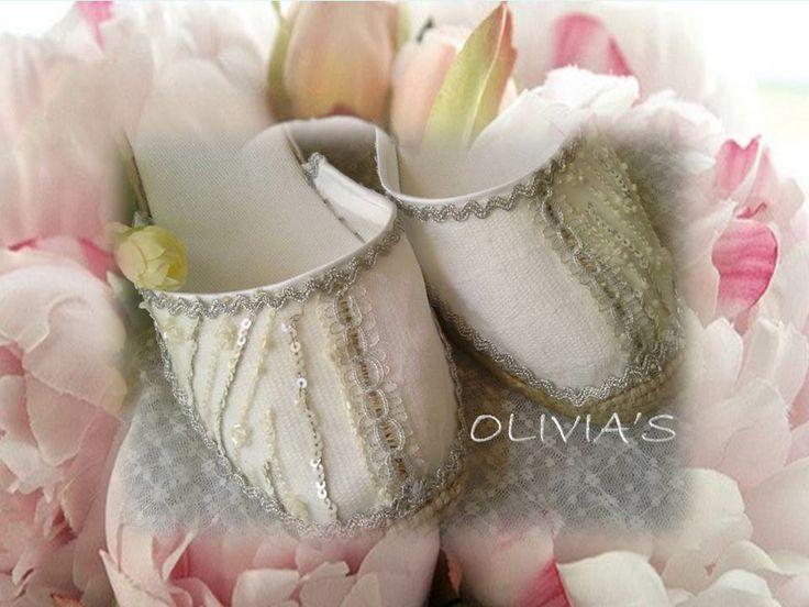 Alpargatas para novia bordadas en plata