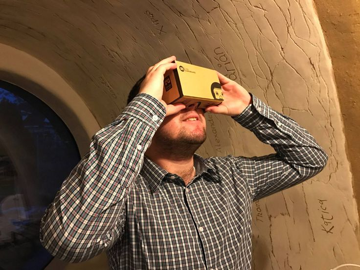 now in our office virtual reality has become a reality! Walk around in your house and examine the interior and exterior before you start building!