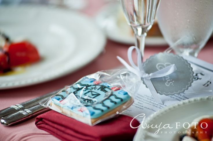 Wedding Favors anyafoto.com #wedding #weddingcakes, wedding favor ideas, wedding favor desings, cookie wedding favors, homemade wedding favors