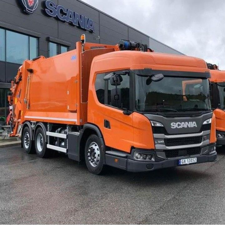 Scania L340 Garbage Compactor Truck Scania