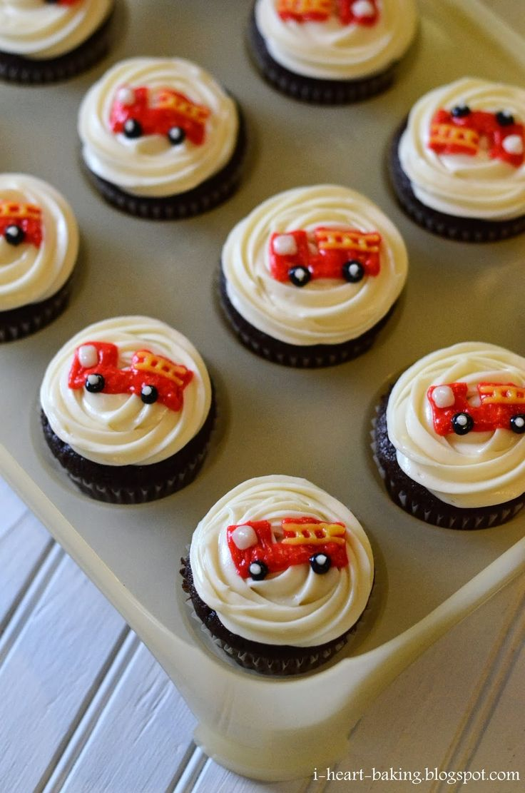 Fire Truck Cupcakes | Shared by LION