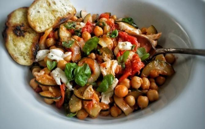 ELLE Menu: Zelenina s cizrnou