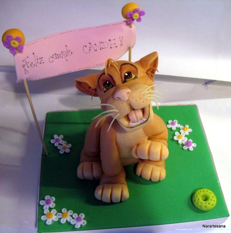 El Rey León - Adorno para torta realizado en Porcelana Fría / The Lion King - Cake topper made of Cold Porcelain