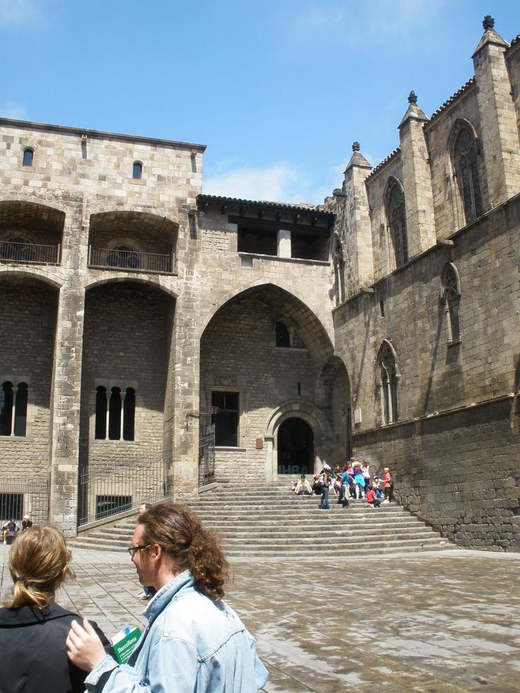 King Ferdinand and Queen Isabella s courtyardKing Ferdinand And Queen Isabella Castle