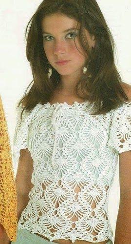 crochelinhasagulhas: Blusa branca com abacaxis em crochê