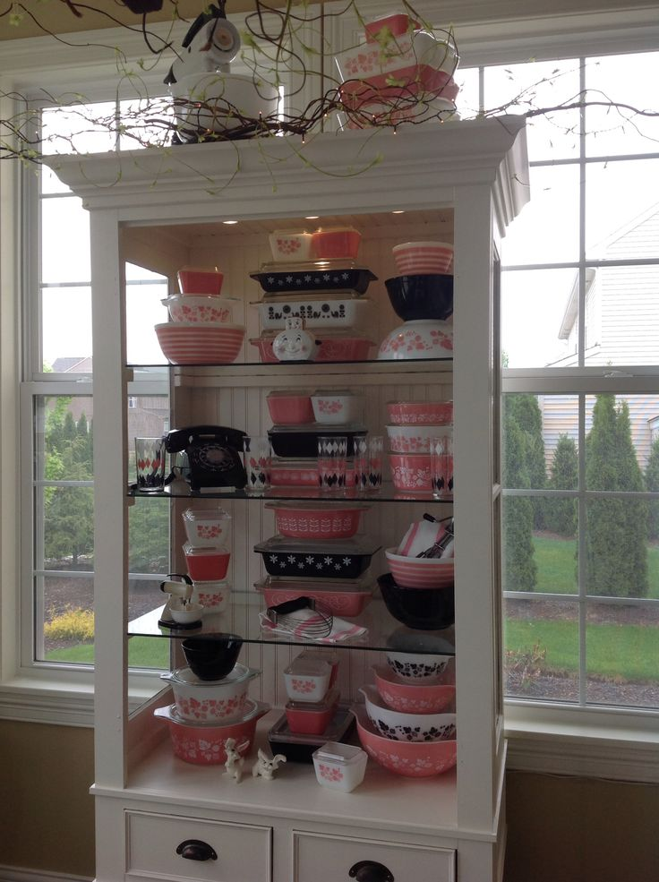 Pink and black Pyrex 2015