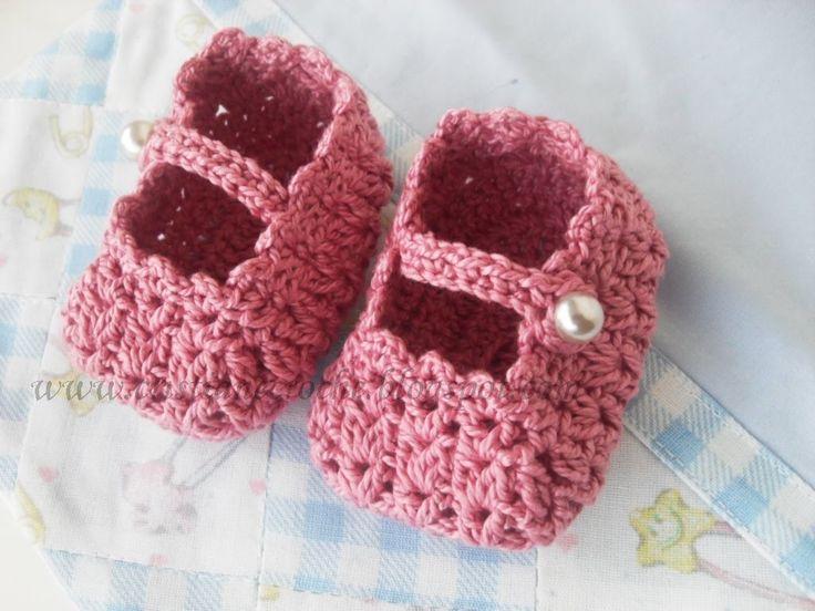 Cristiane Crochê: Sapatinhos de crochê para recém nascido