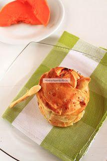 Scrigno di pasta brisee con cuore morbido di zucca, formaggio e prosciutto