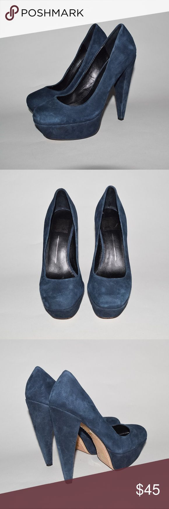 Dolce Vita Gretchen Suede Platform Pumps Heels Brand: Dolce Vita Item name: Gretchen Suede Platform Pump Color: Dark Blue Condition: This is a pre-owned item. They are in great condition with no stains, holes, rips, etc. Comes from a smoke free household Size: Women's 6 Dolce Vita Shoes Heels