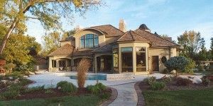The Finest Large Homes With Large Outdoor And Green Decorations
